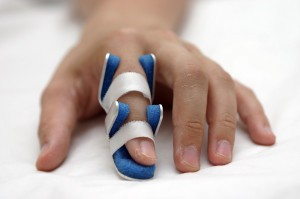 Trigger finger treatment centre in Sohna Road